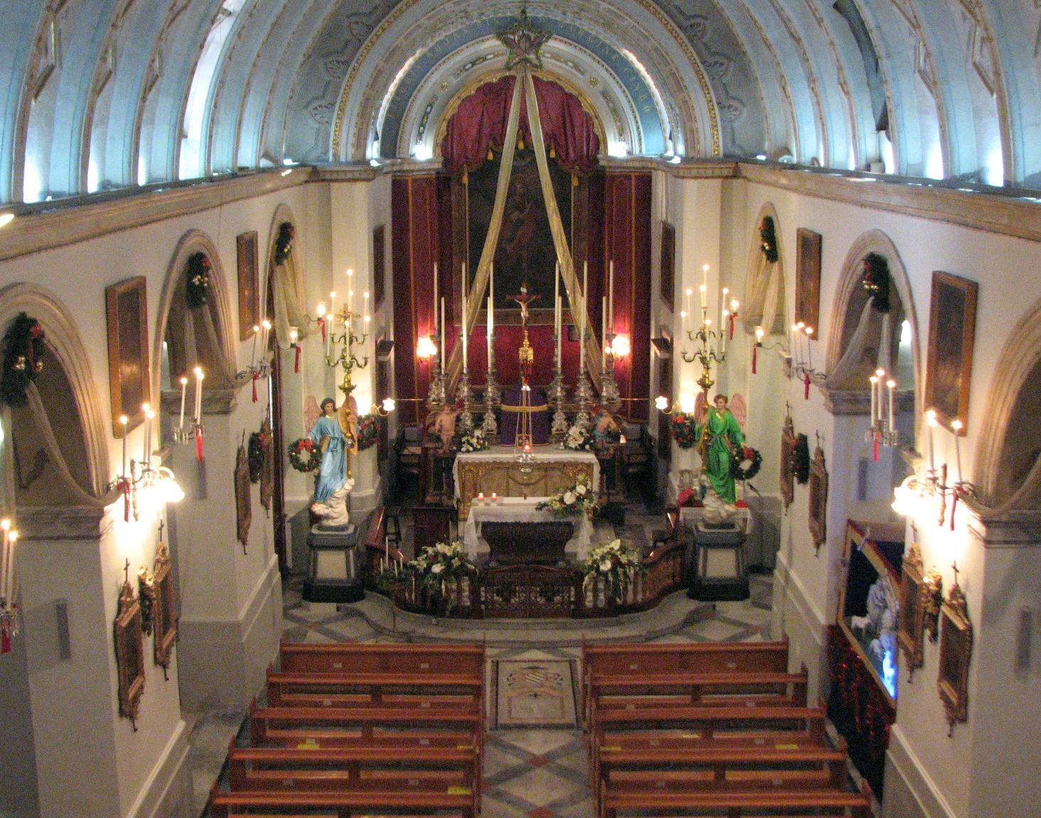 Внутри церкви святого Джулиана