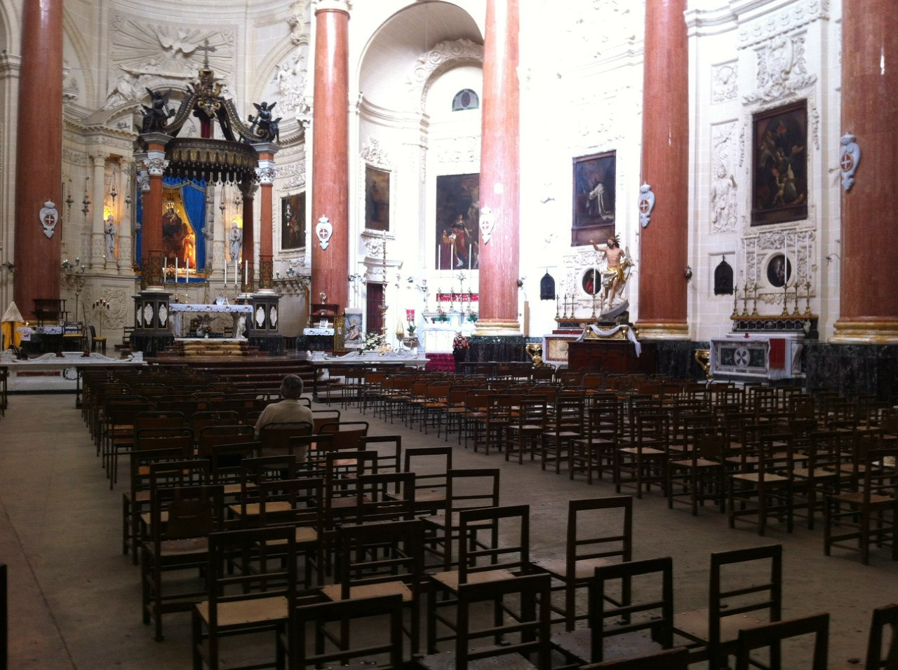 Внутри одной из церквей Валлетты